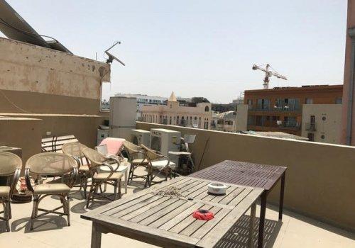 הגג הכי שווה בשוק היווני .
